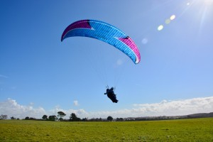 paragliding-3229642_1280